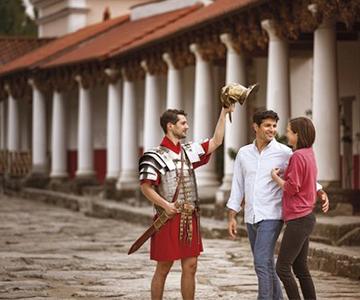 Highlights sind unter anderem das Römerfestival im Juni sowie die Römischen Gaumenfreuden im August.